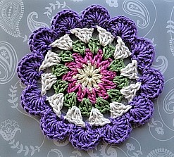 flowery-crochet-cosmic-coaster